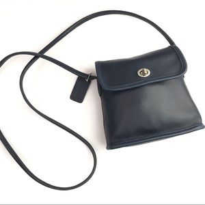 Vintage Navy Leather Coach Tango Flap No. 9049
